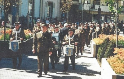 Beim Opmarsch an der Avenue des Bains