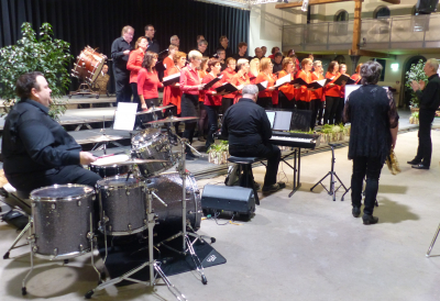 den Ensemble Vocal VIVACE vu Käerjeng . . . . . . . . . . . . . . . . . (photo vum Chr. Parmentier)